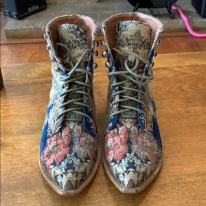 Jeffrey Campbell Women's Grove Lace up Boots